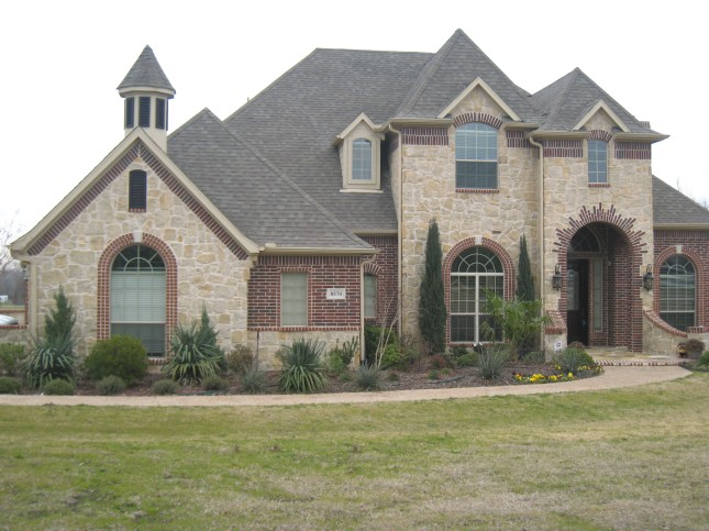 Custom-built beautiful home on nearly 2 acres in Anna, Texas